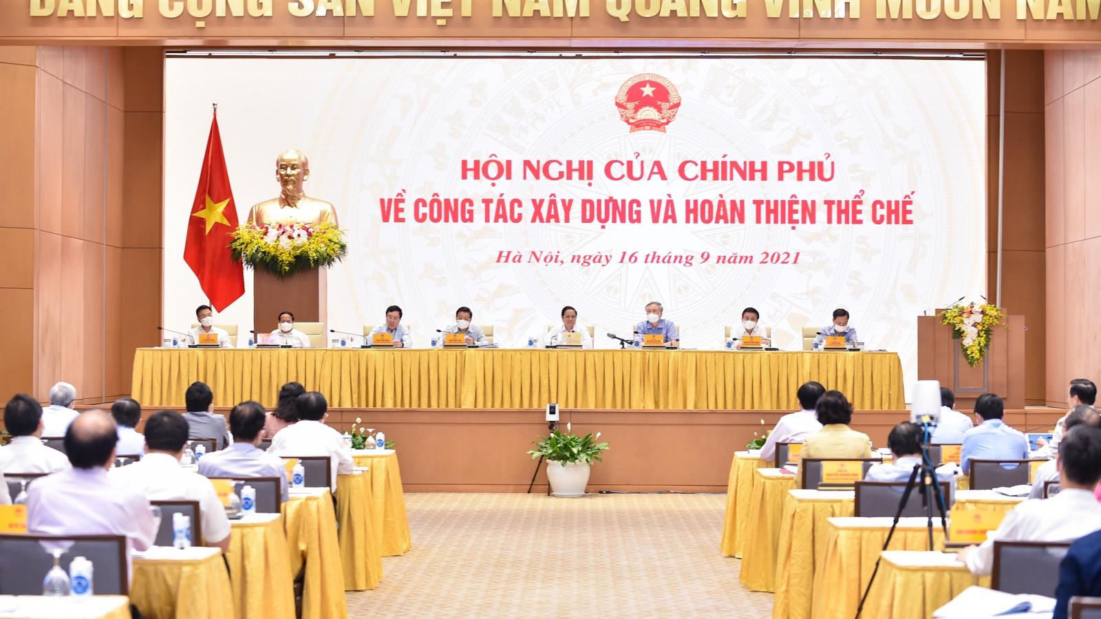 Thủ tướng chủ trì hội nghị về xây dựng và hoàn thiện thể chế
