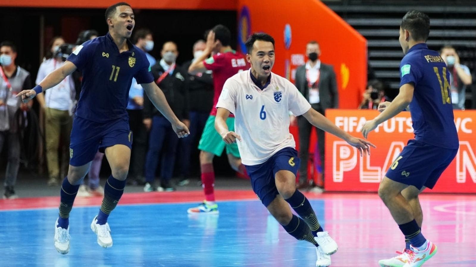 Ghi bàn ở những giây cuối cùng, ĐT Futsal Thái Lan sáng cửa vào vòng 1/8 World Cup