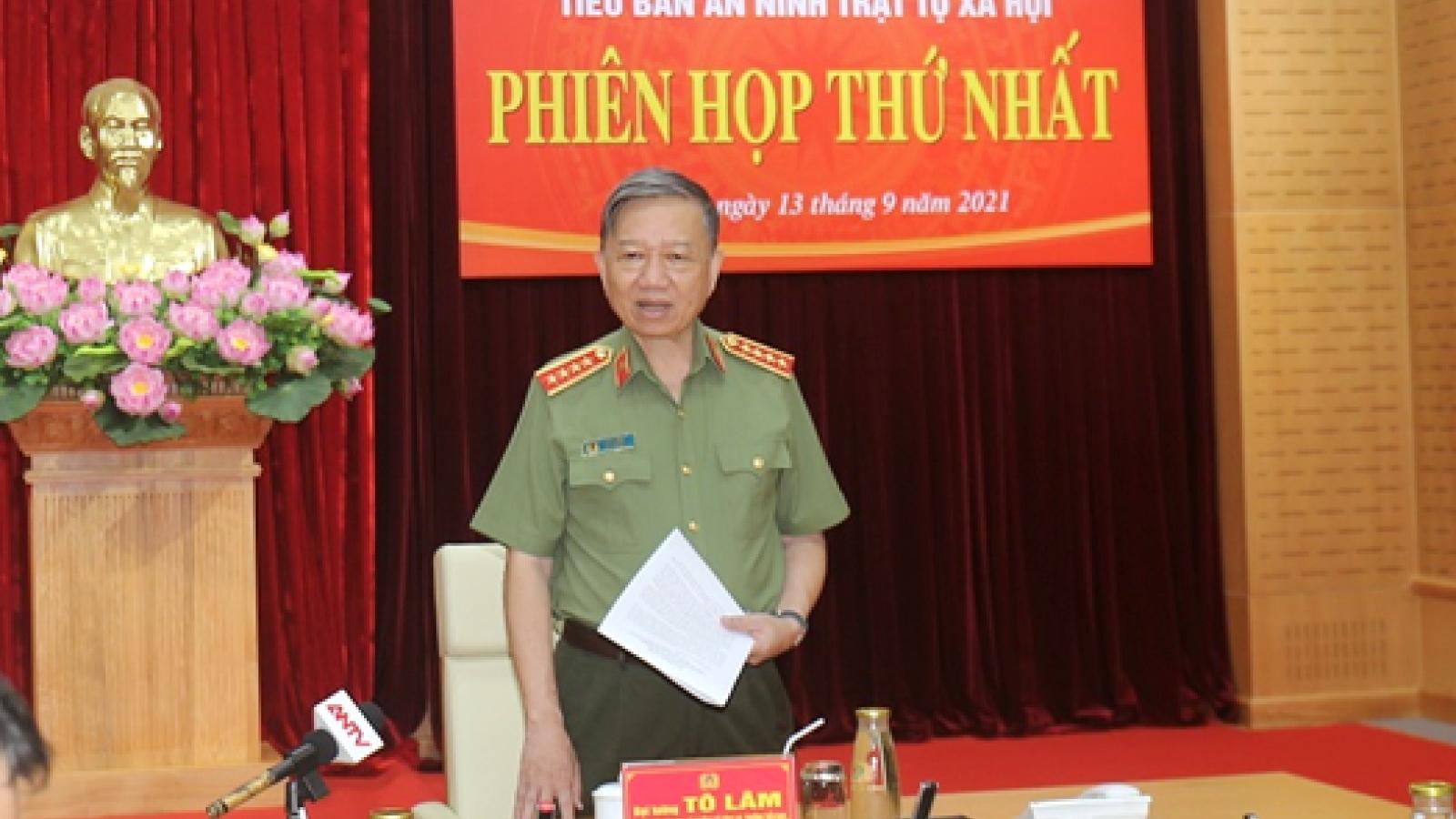 Bộ trưởng Tô Lâm họpTiểu ban An ninh trật tự phòng, chống dịch COVID-19