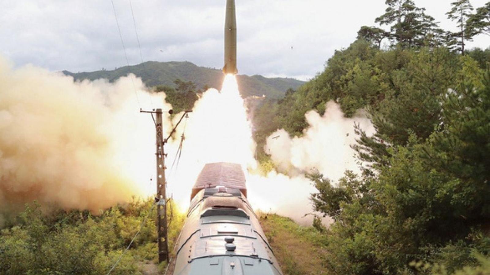 Nhật Bản và Hàn Quốc phản ứng trước vụ phóng tên lửa mới nhất của Triều Tiên