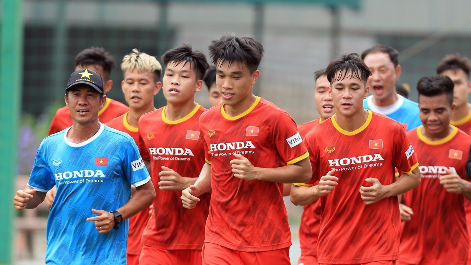 Cầu thủ sinh năm 2001 trải lòng về cuộc cạnh tranh vị trí ở U22 Việt Nam