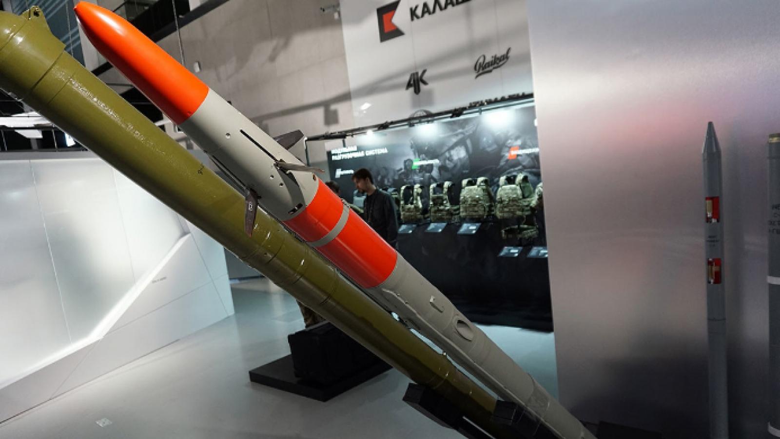 Soi sức mạnh tên lửa Vihr-1 - sát thủ diệt tăng đáng gờm của Nga