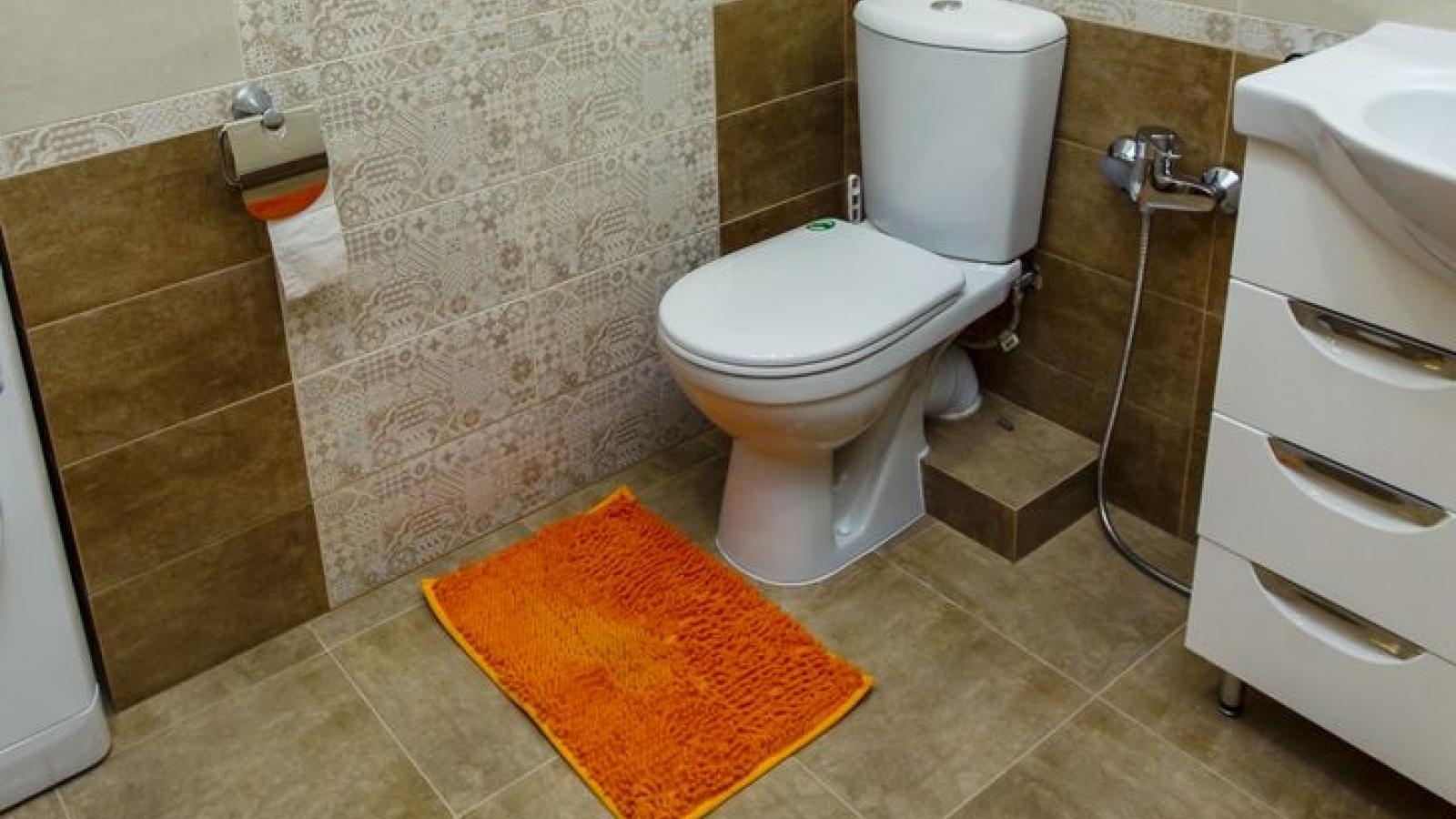 Những món đồ luôn khiến phòng tắm của bạn nhếch nhác, lộn xộn