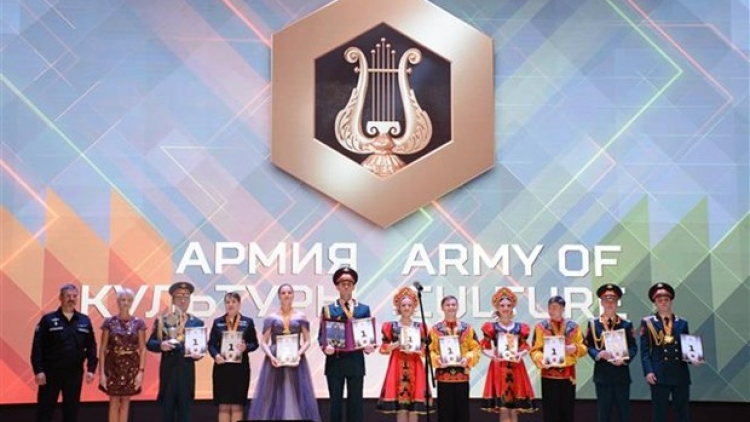 """Vietnam showered with prizes at """"Army of Culture"""" contest"""