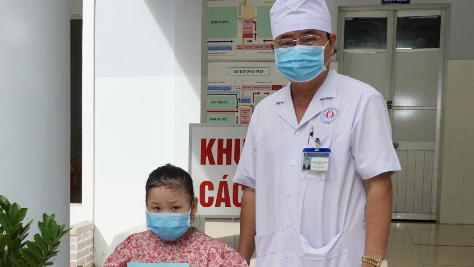 Phòng COVID-19 cho trẻ khi vào mùa dịch bệnh đường hô hấp