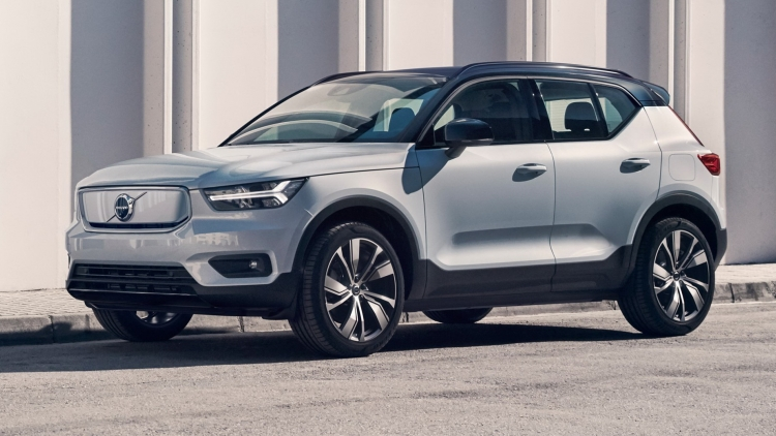 Volvo triệu hồi hơn 19.000 xe bị lỗi dây an toàn