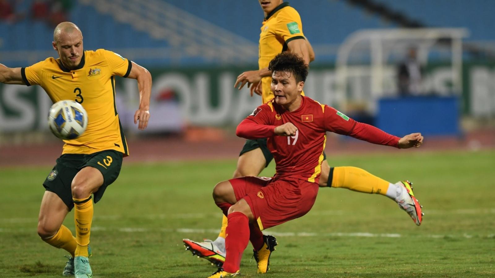 Toàn cảnh ĐT Việt Nam 0-1 Australia: Tranh cãi và tiếc nuối!
