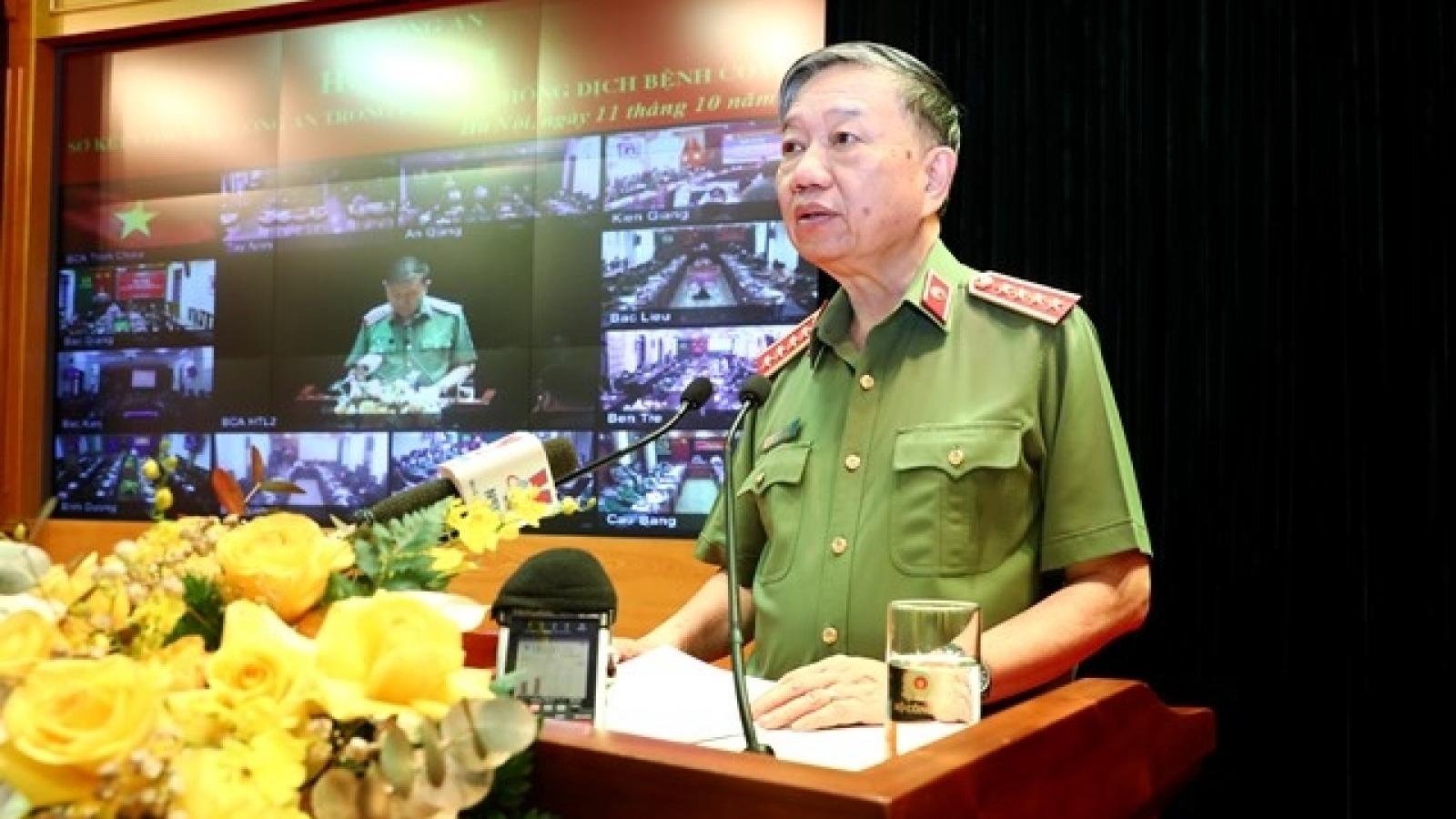 Hơn 100.000cán bộ, chiến sĩ công an tham gia phòng, chống dịch