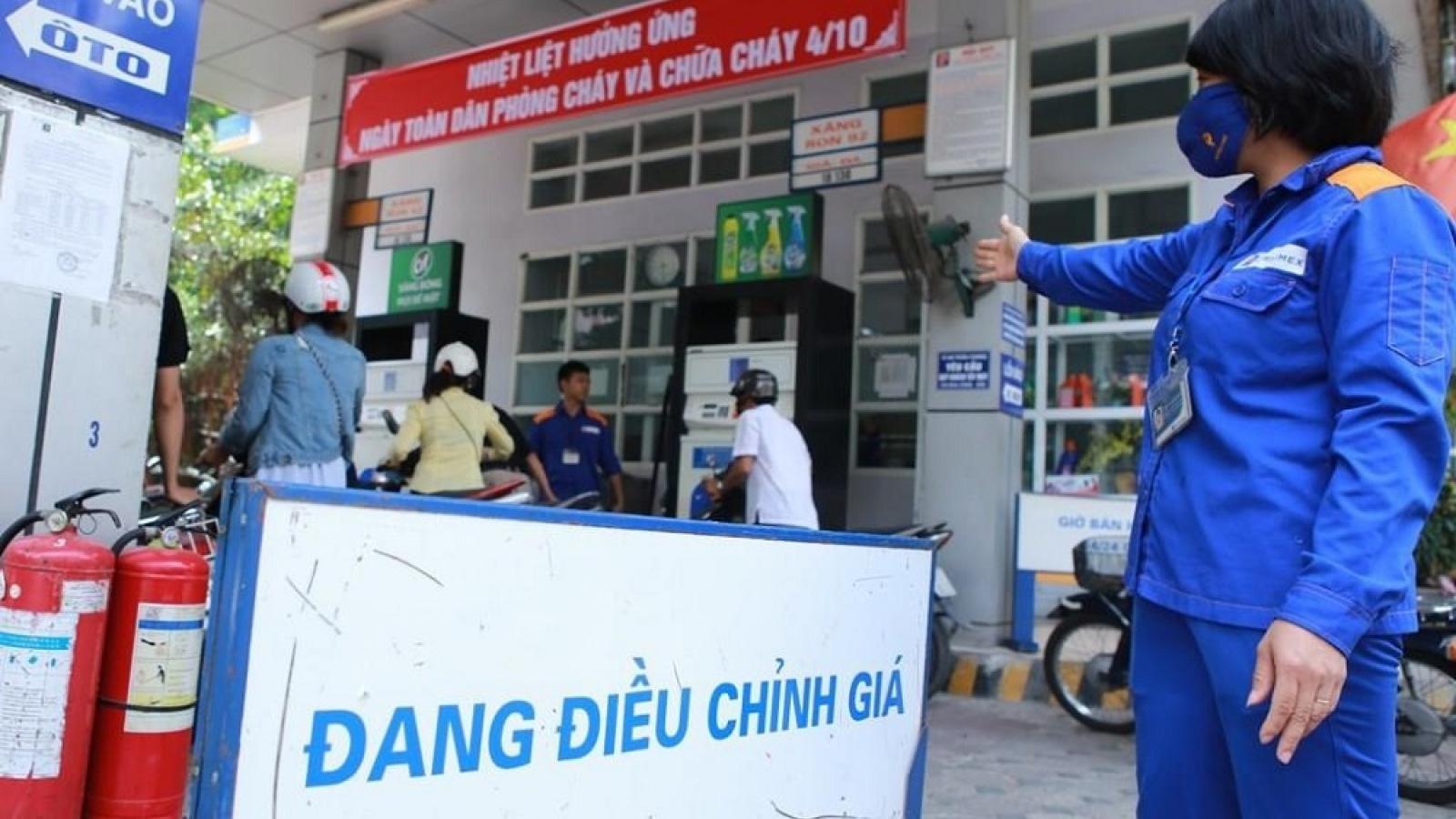 """Giá xăng dầu """"phi mã"""" - Sức ép lớn cho lạm phát và hồi phục kinh tế"""