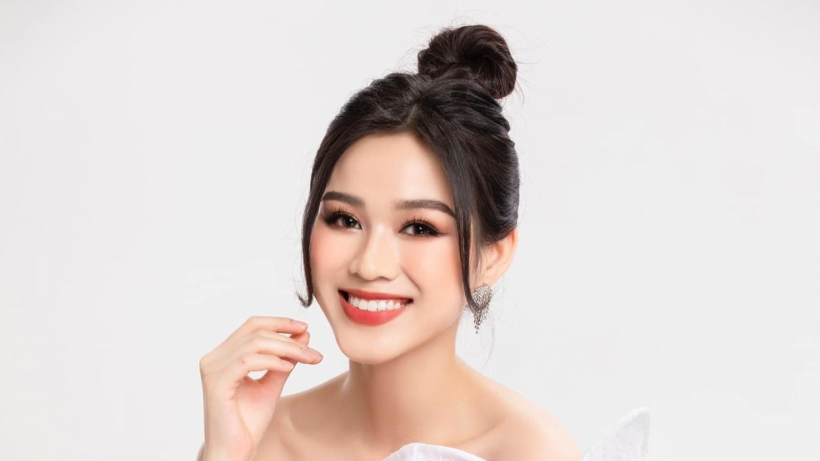 """Hoa hậu Đỗ Thị Hà chia sẻ xúc động về ngày 20/10 trong giai đoạn """"bình thường mới"""""""