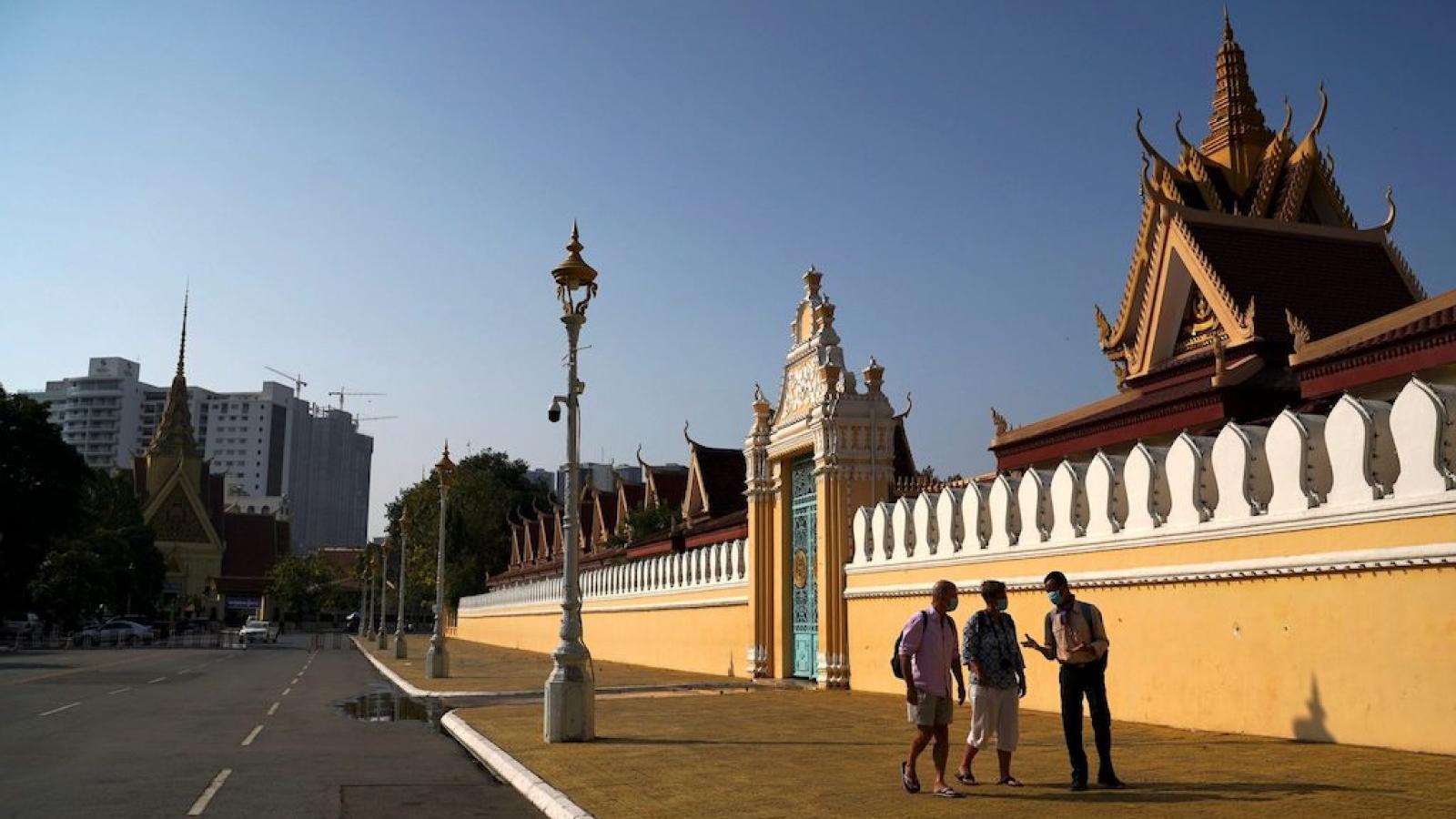 Du khách quốc tế đến Campuchia chỉ phải cách ly 5 ngày
