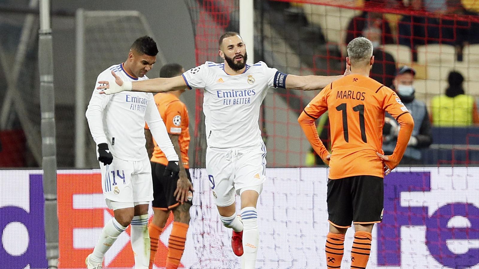 """Real Madrid thắng """"bàn tay nhỏ"""" trước Shakhtar, gửi chiến thư đến Barca"""