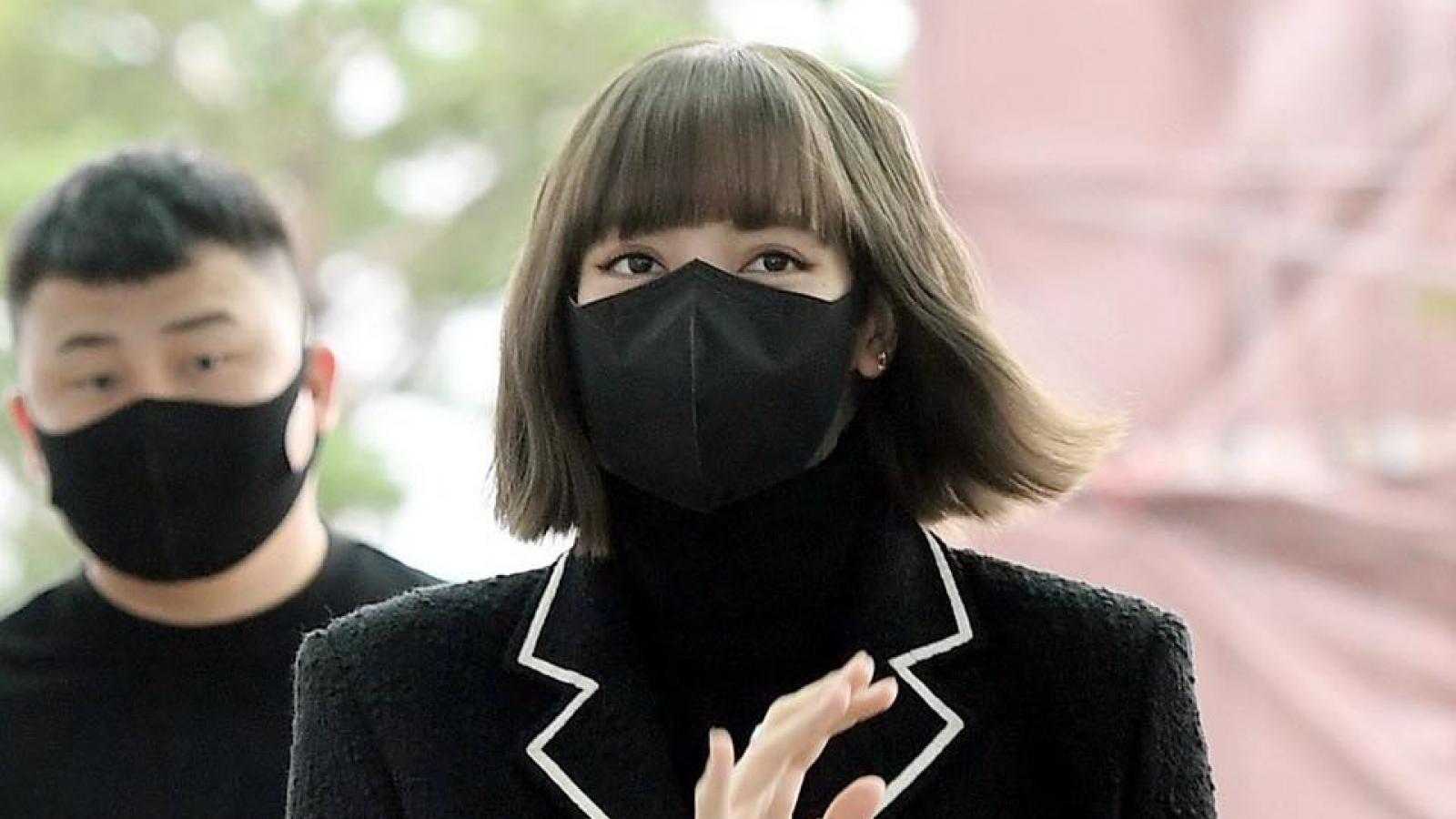 Lisa lên đường sang Pháp hội ngộ BLACKPINK