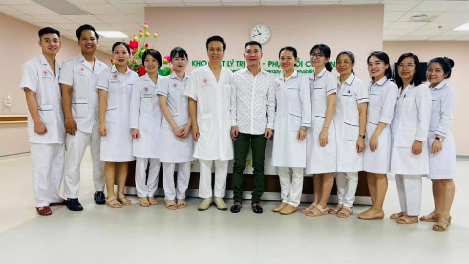NSND Công Lý xuất viện sau thời gian điều trị