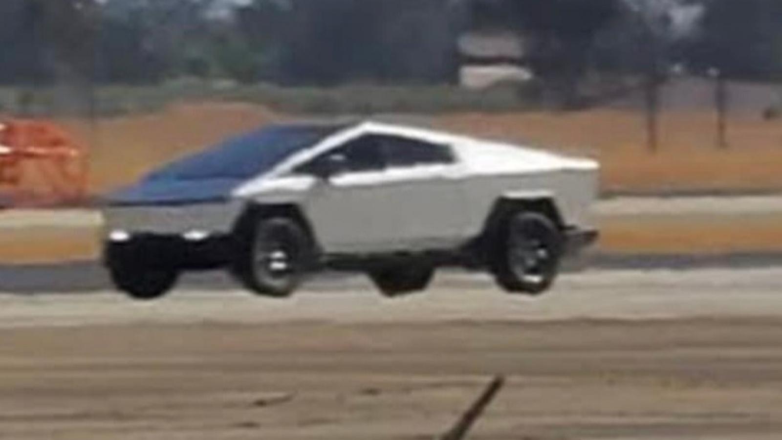 Tesla Cybertruck phiên bản thử nghiệm khác nhiều so với mẫu Concept