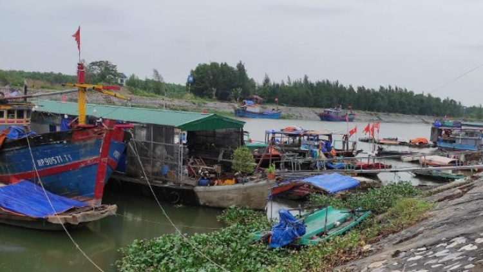 Các tỉnh Đông Bắc tiếp tục ứng phó mưa lớn sau bão số 7