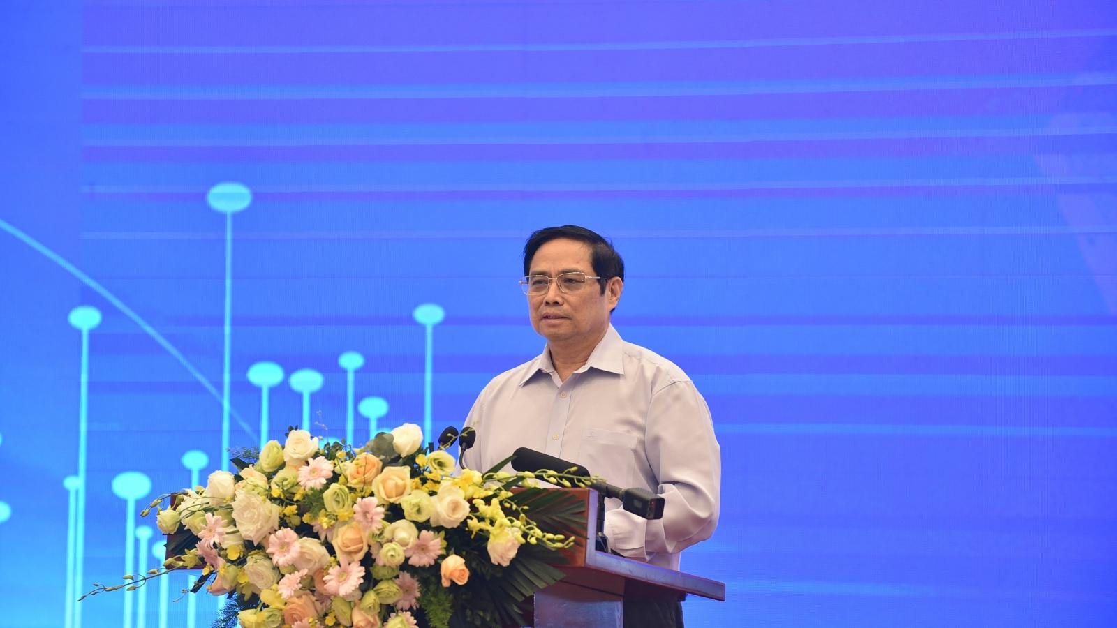 Thủ tướng chủ trì Hội thảo phục hồi kinh tế, thích ứng linh hoạt, an toàn với đại dịch