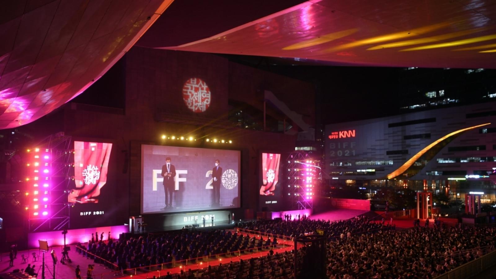 Khai mạc Liên hoan phim quốc tế Busan lần thứ 26