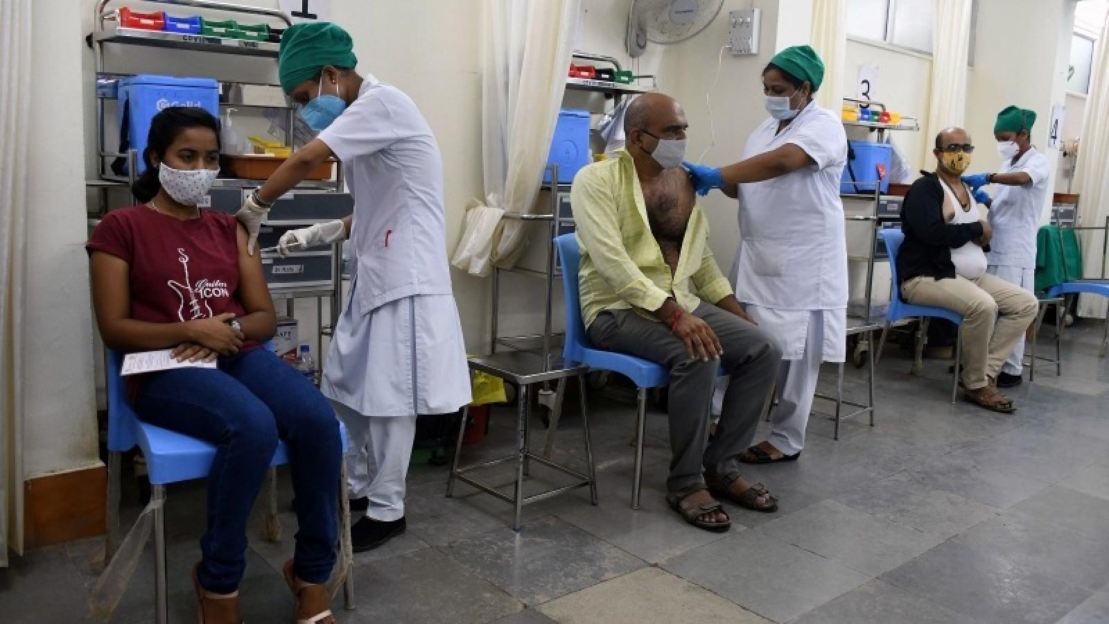 Ấn Độ chưa vội cấp phép vaccine Covid-19 cho trẻ em