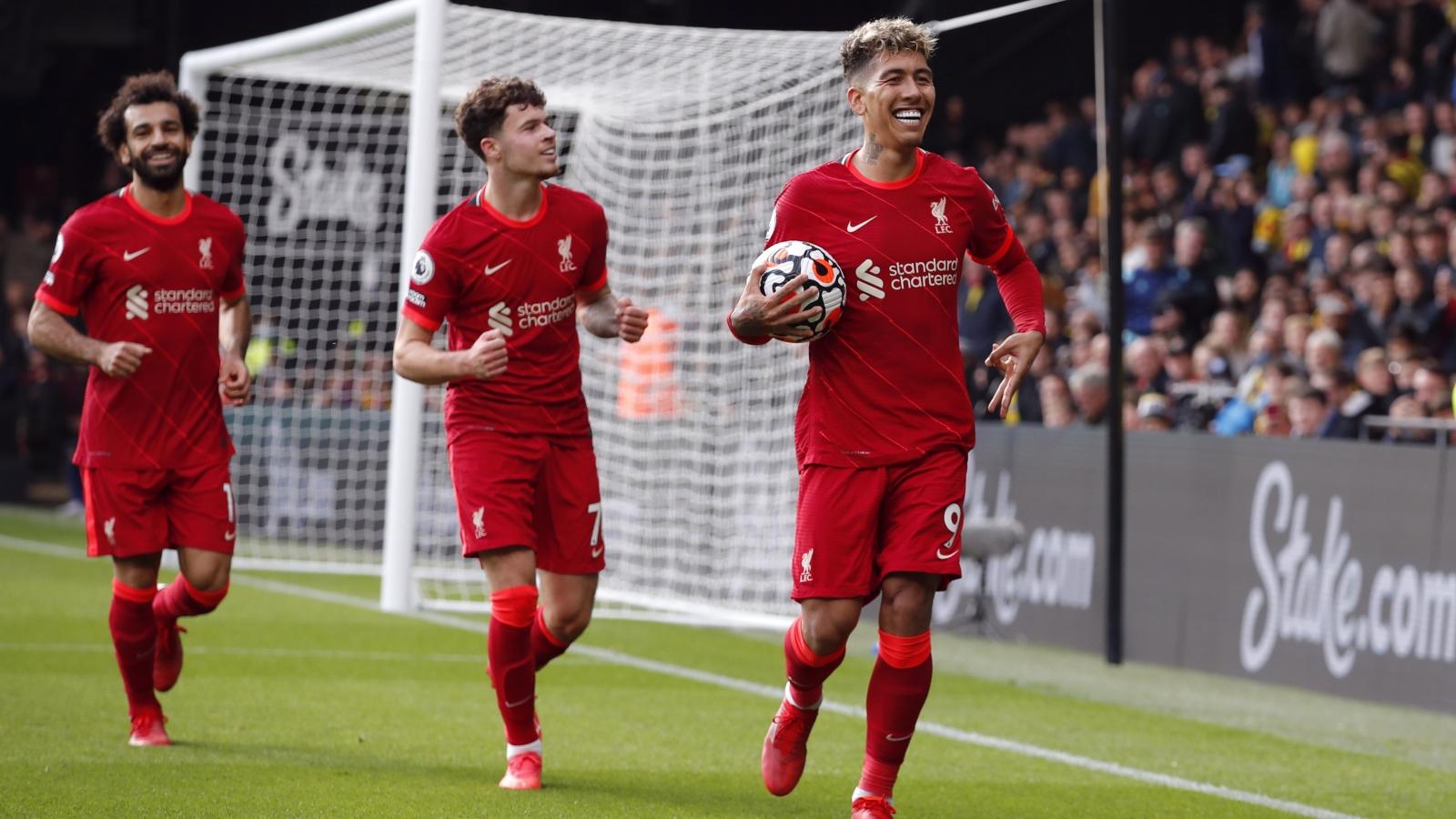 """Liverpool """"hủy diệt"""" Watford nhờ Firmino và Salah, tạm chiếm ngôi đầu Ngoại hạng Anh"""
