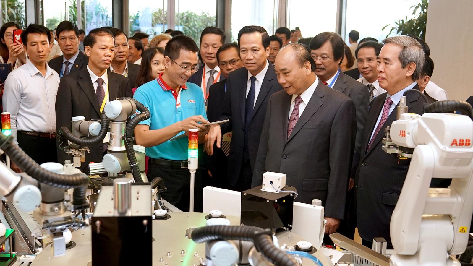 Chủ tịch nước kêu gọi đồng hành nâng tầm kỹ năng lao động