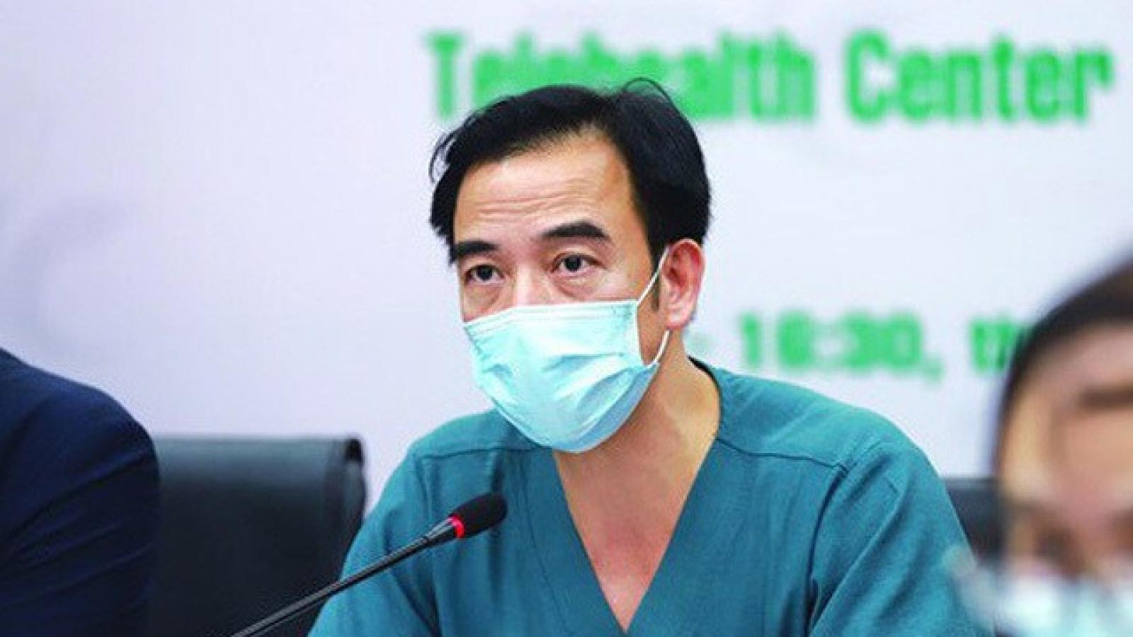 Bác sĩ Nguyễn Quang Tuấn, đã đành, ông là một chuyên gia giỏi!