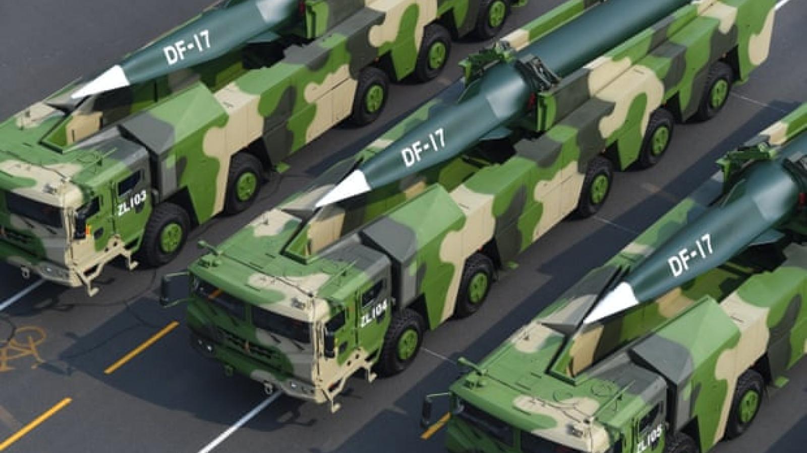 """Vụ phóng thử tên lửa của Trung Quốc có thể làm """"phá sản"""" chính sách hạt nhân của Biden"""