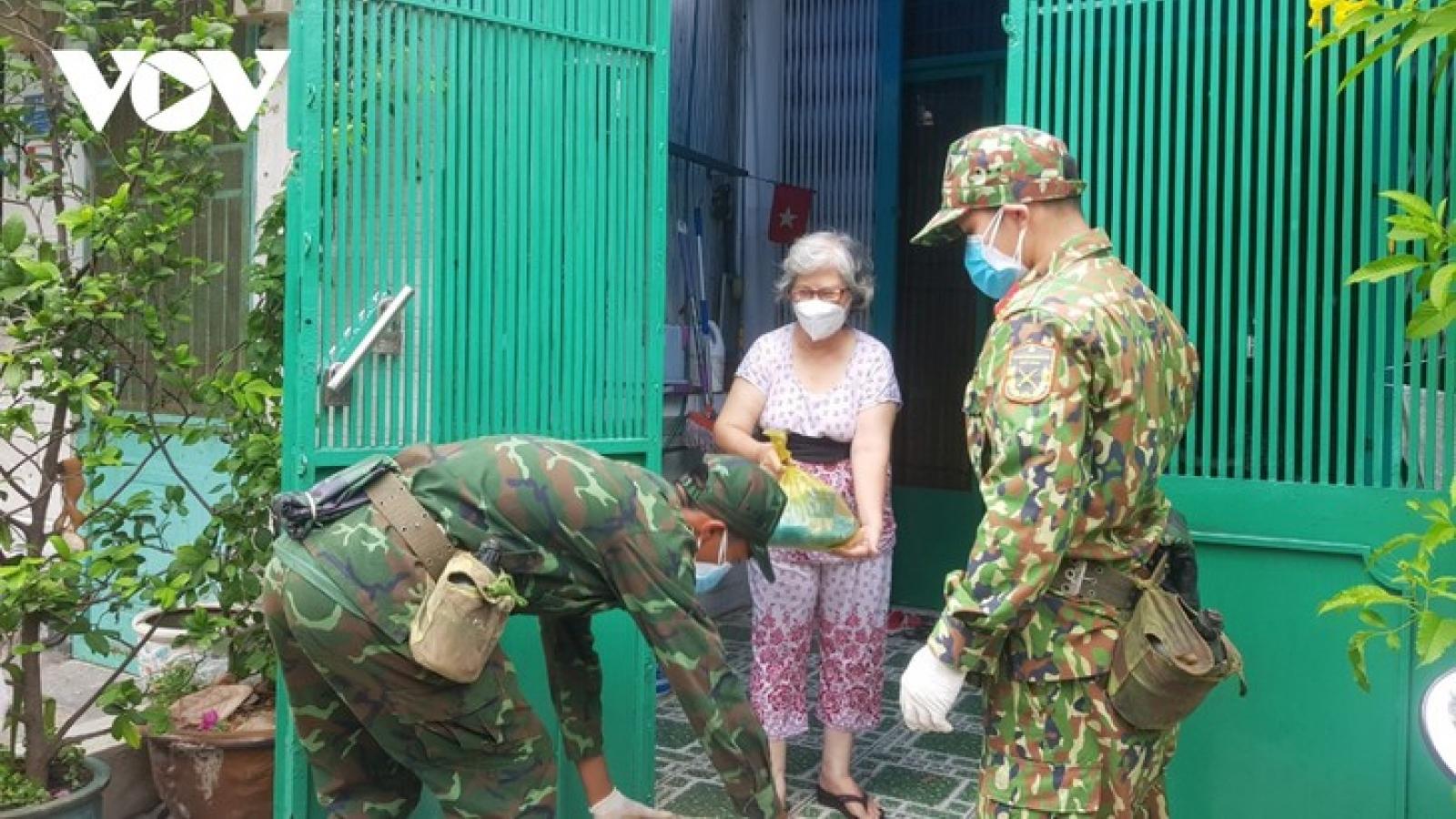 Lực lượng quân đội chi viện TP.HCM sẽ chia thành nhiều đợt để rút quân