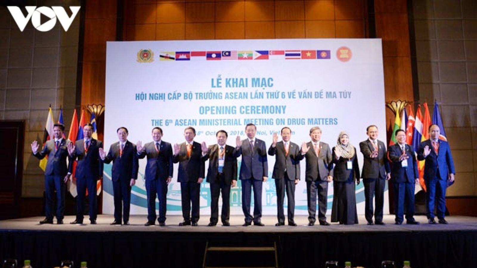 ASEAN bắt giữ hàng trăm tấn ma túy và chất hướng thần mới trong năm 2020