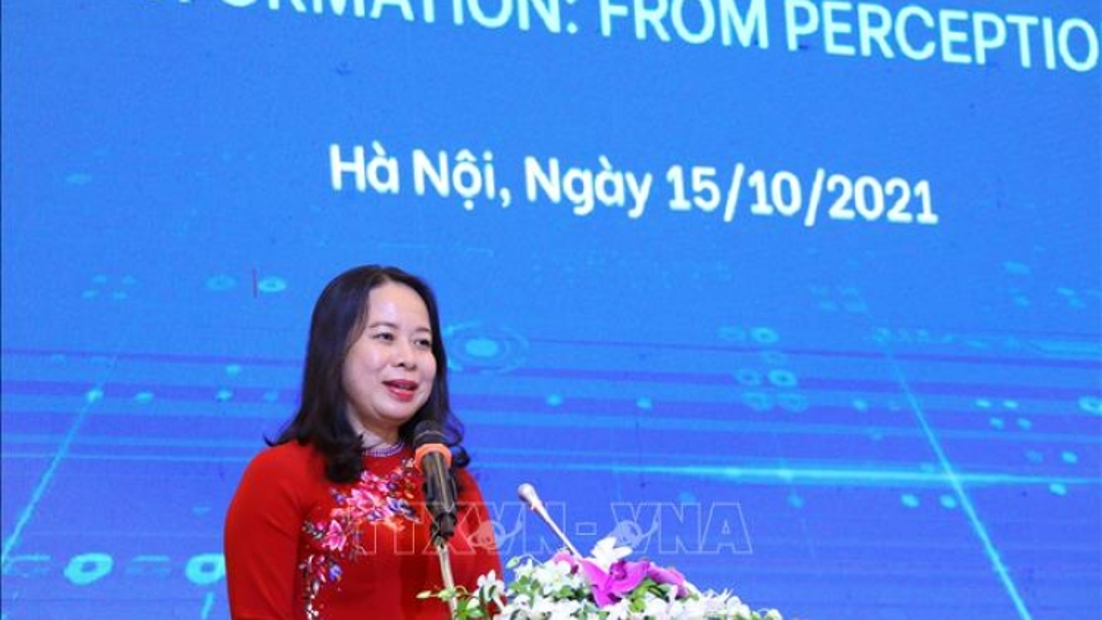 Phó Chủ tịch nước Võ Thị Ánh Xuân dự diễn đàn doanh nhân nữ Việt Nam 2021