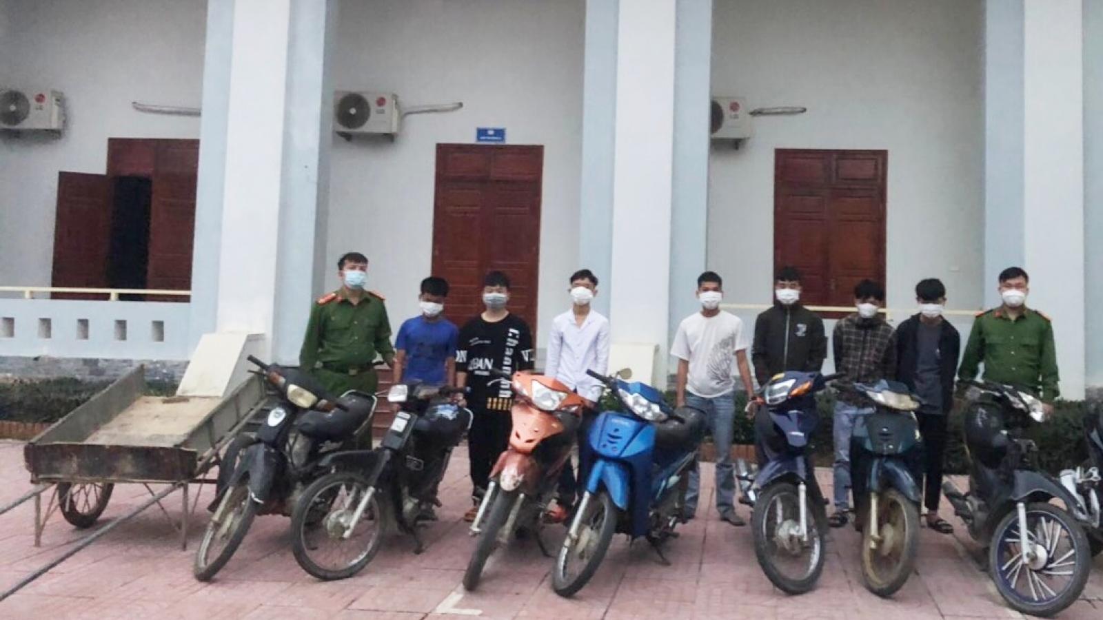 """Bắt băng """"đá xế"""" gây ra hàng loạt vụ trộm xe máy"""