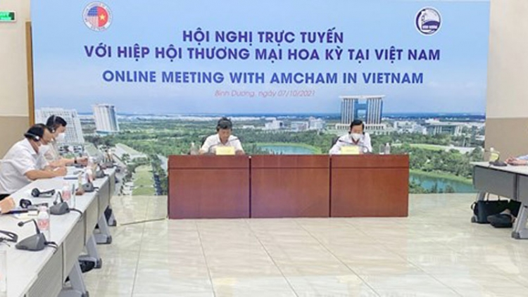 Binh Duong leader vows best conditions for US firms to resume production