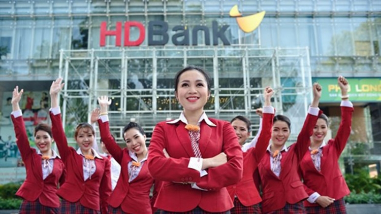 HDBank, Sacombank named among best companies to work for by HR Asia