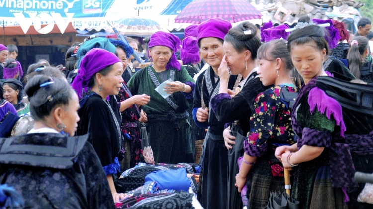 A tour around traditional ethnic markets in Dien Bien province