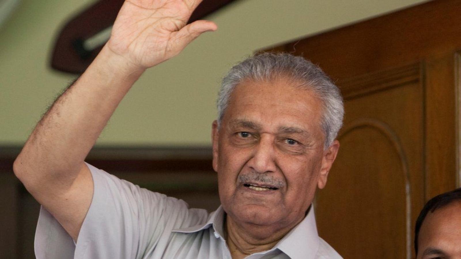 """""""Cha đẻ"""" chương trình hạt nhân Pakistan qua đời ở tuổi 85"""
