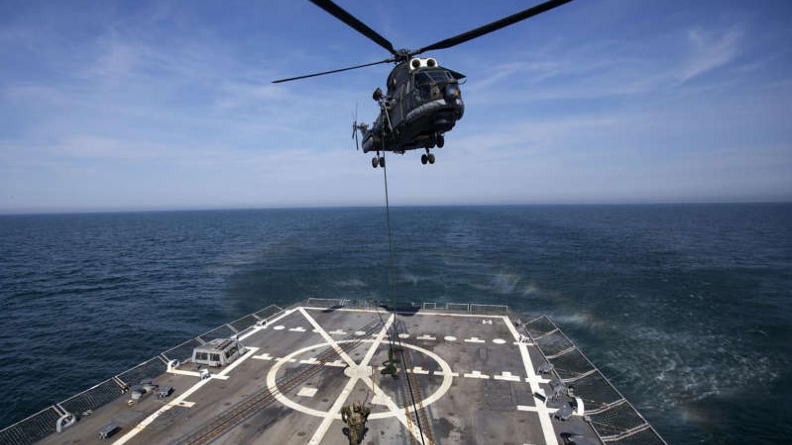 Mỹ loay hoay tìm chiến lược đối phó Nga ở Biển Đen