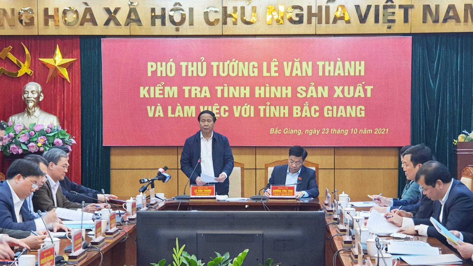 Bắc Giang xây dựng KCN phải có đất xây nhà ở cho công nhân