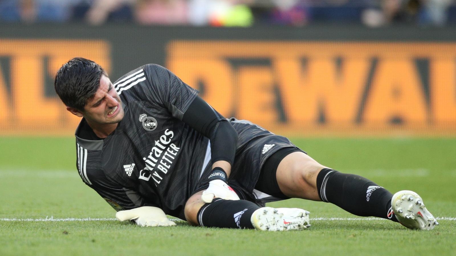 """Real Madrid """"trả giá đắt"""" sau chiến thắng ở trận siêu kinh điển"""