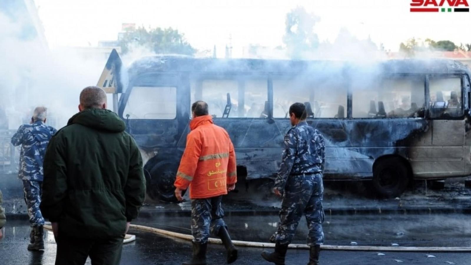 Đánh bom xe buýt quân sự ở Syria, hàng chục người thương vong
