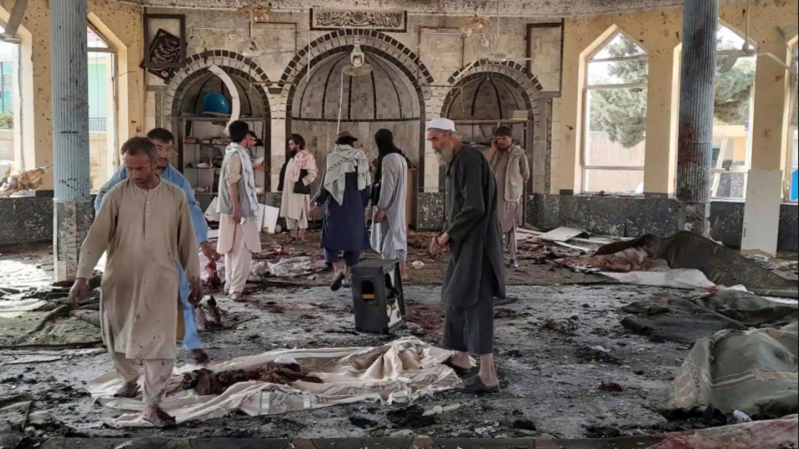 Đánh bom tại Afghanistan khiến ít nhất 50 người thiệt mạng