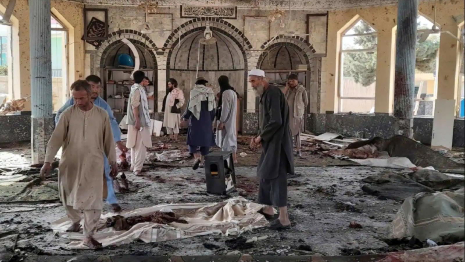 Tình hình Afghanistan phức tạp: EU cảnh báo an ninh, Mỹ lần đầu gặp Taliban sau rút quân