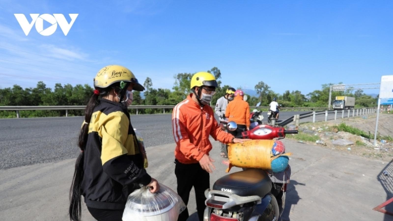 Mở cửa hầm Hải Vân để đoàn xe máy từ các tỉnh phía Nam về quê đi qua