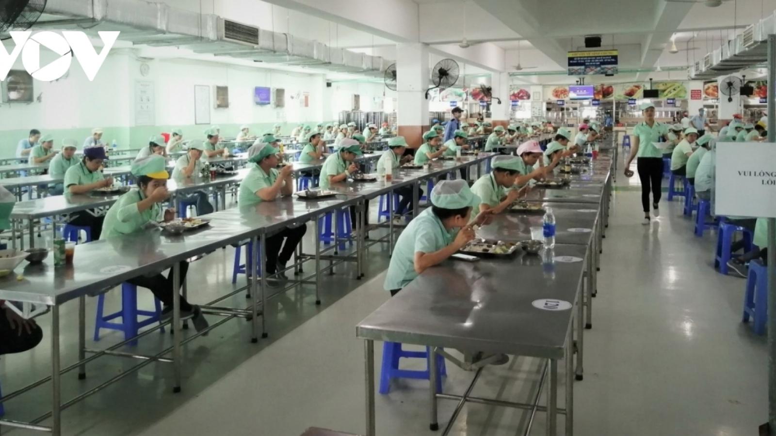 """""""Phục hồi kinh tế phải gắn với thị trường lao động một cách đồng bộ"""""""