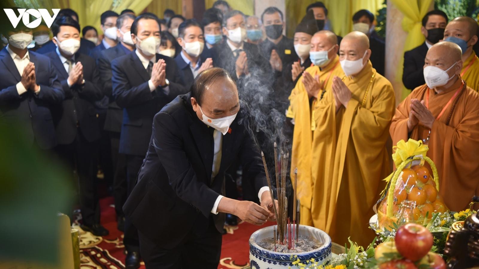 Ảnh: Nhiều đoàn đại biểu Đảng, Nhà nước viếng Đại lão Hòa thượng Thích Phổ Tuệ