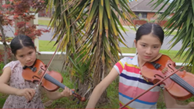 Vietnamese children in Australia hold concerts to raise funds for COVID-19 fight at home