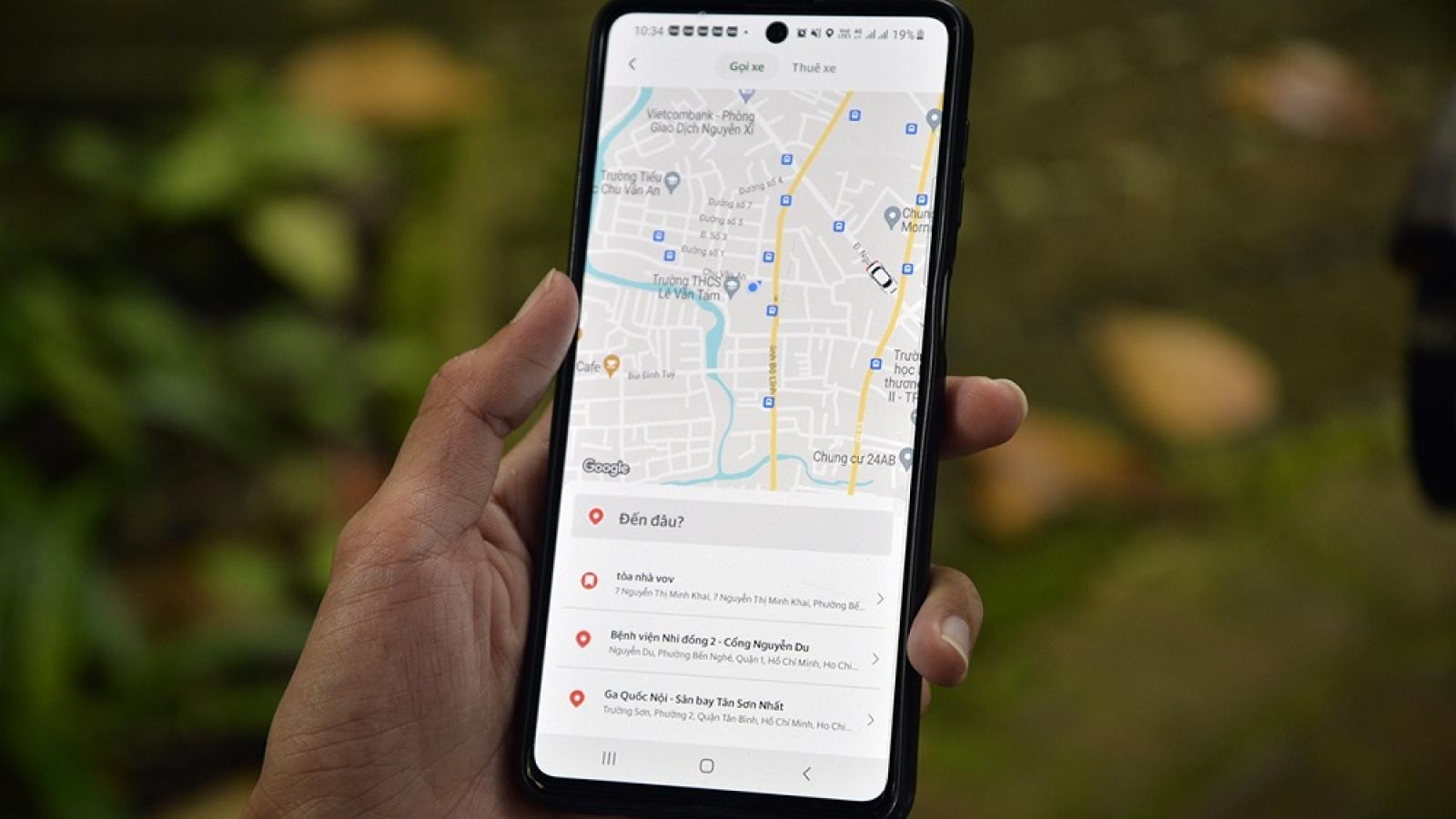 Khách dễ dàng đặt qua app, tài xế xe công nghệ vui mừng vì có thêm thu nhập