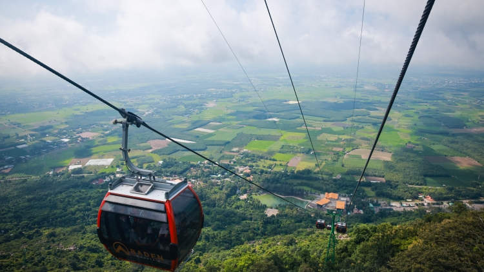TP.HCM bắt đầu triển khai thí điểm tour du lịch liên tỉnh