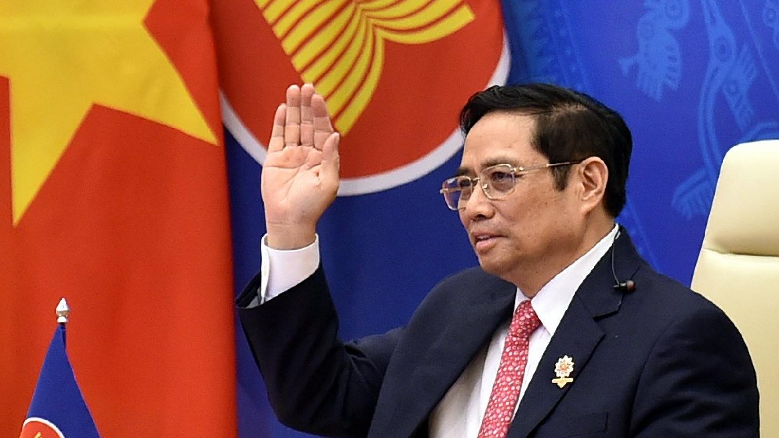 Dự hội nghị cấp cao Đông Á, Thủ tướng kêu gọi các nước hành xử đúng cam kết