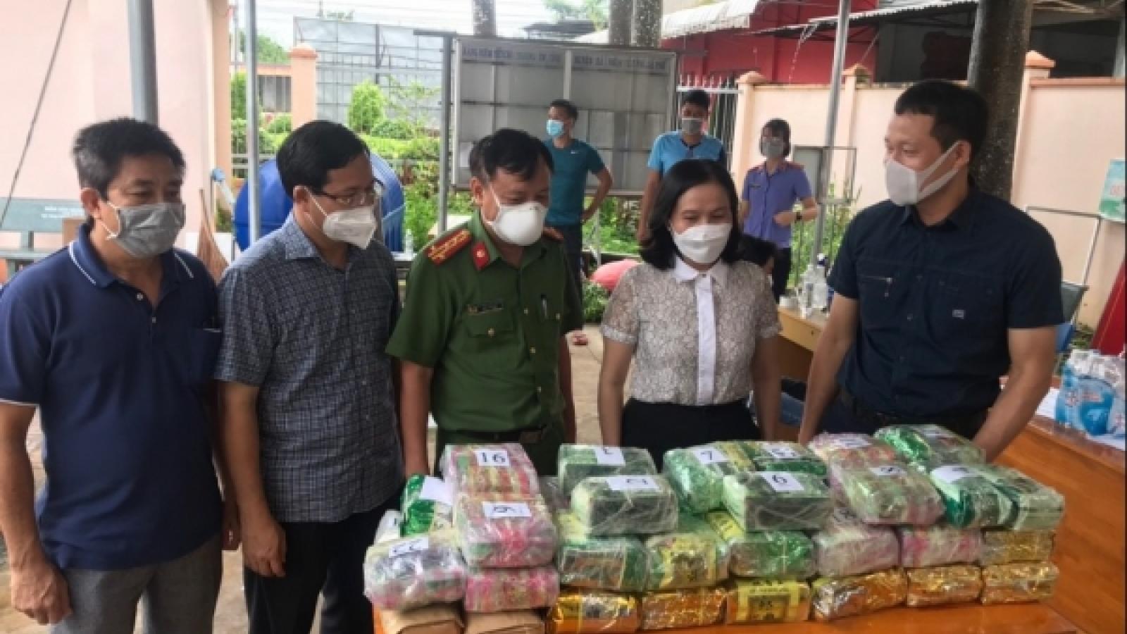 """Đồng Nai phá chuyên án lợi dụng xe """"luồng xanh"""" vận chuyển 50kg ma túy"""