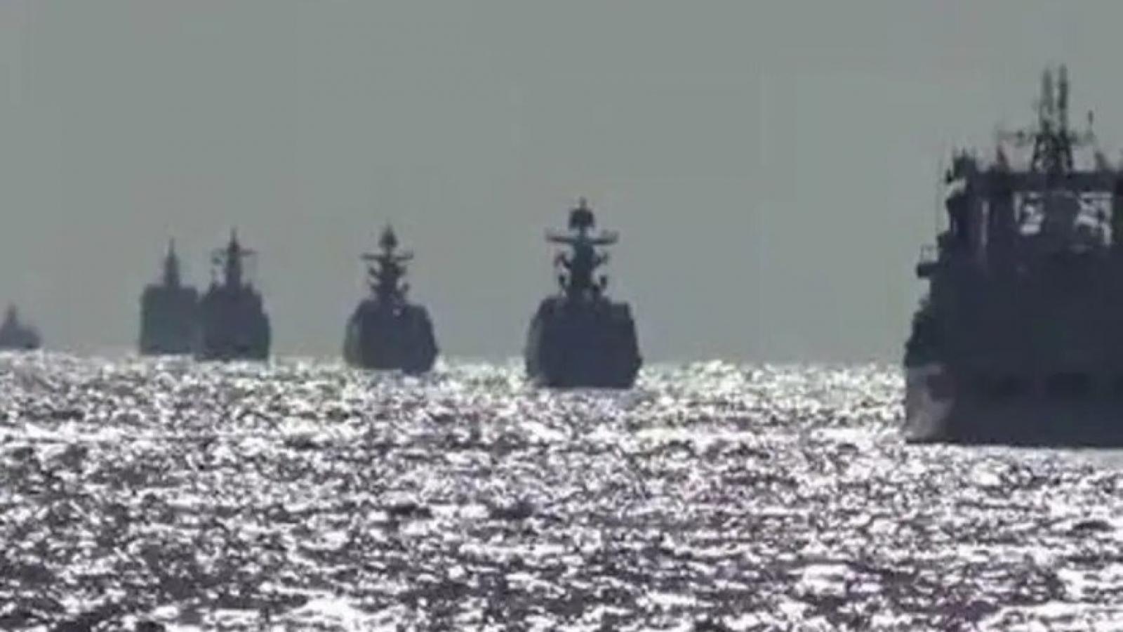 Tàu chiến của Nga và Trung Quốc lần đầu tiên tuần tra chung ở Thái Bình Dương